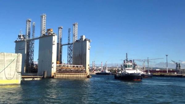 la compañiia de mauricio toledano se encargo de la construccion del puerto de açu en braisl