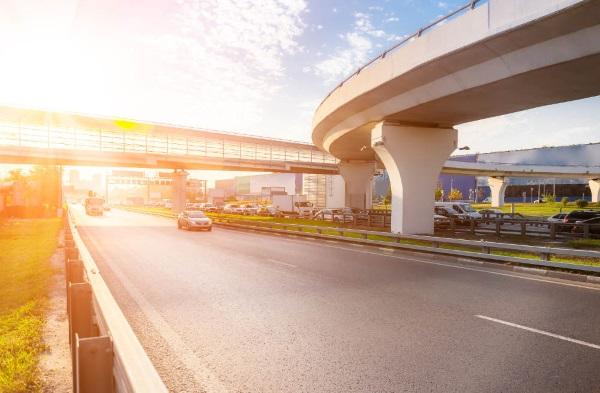 La empresa Mauricio Toledano opta por la Carretera del Litoral